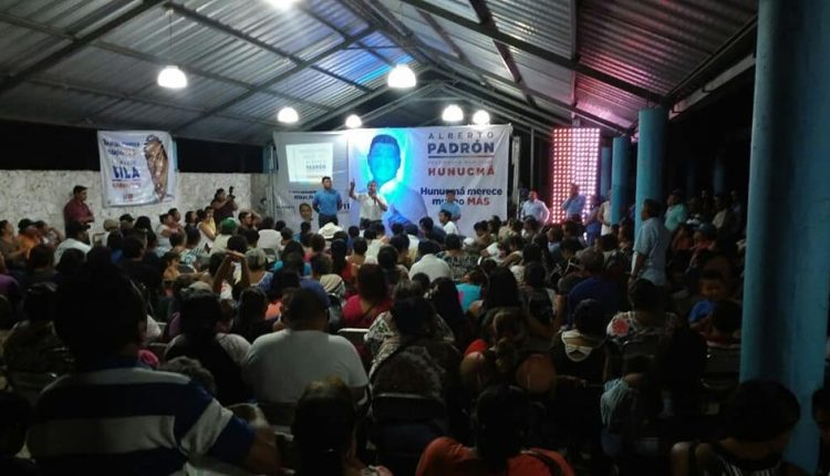 Reunión en Hunucmá con Alberto Padrón y Filiberto García del VIII distrito Local