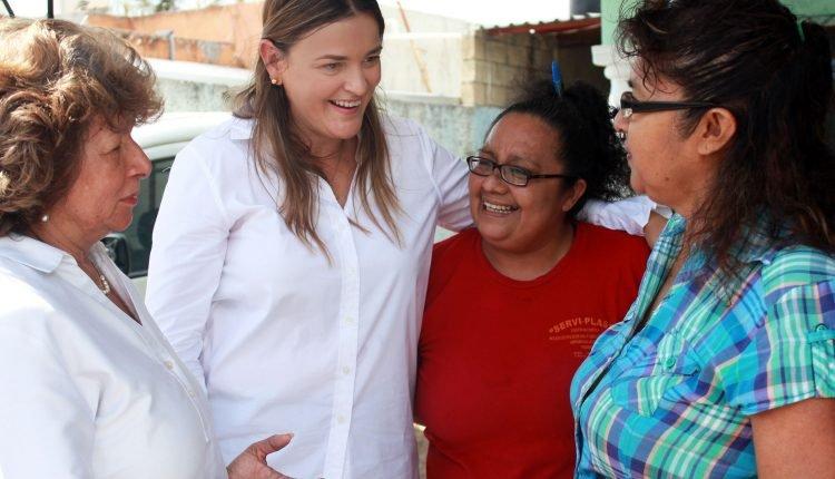 EMPODERAR A LA MUJER ES FORTALECER UNA FAMILIA: CECILIA PATRÓN